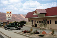 JR's Desert Inn Lodging